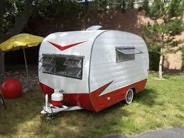 1952 PlayMor 11 VINTAGE TRAVEL TRAILER LIKE NEW Antique Camper Canned Ham Tear Drop Old