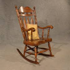 Antiques Atlas - Antique Windsor Rocking Chair Large Windsor Rocking Chair For Sale Zanadorazioco Four Country House Kitchen Elm Antique Windsor Chairs Antiques World Victorian Rocking Chair English Armchair Yorkshire Circa 1850 Ercol Colchester Edwardian Stick Back Elbow 1910 High Blue Cunningham Whites Early 19th Century Ash And Yew Wood Oxford Lath C1850 Ldon Fine