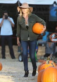 Skinny Bones Pumpkin Patch Food by Pumpkin Patch Style Take A Cue From These Celebs More Com