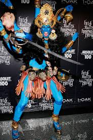 Things To Do On Halloween In Nyc by Heidi Klum Halloween Costumes Over The Years Heidi Klum
