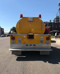 100 Midwest Truck Equipment 2000 GMC MidWest Fire Tanker Used Details