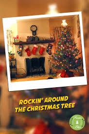 Who Sang Rockin Around The Christmas Tree by Free Christmas Carols U003e Rockin U0027 Around The Christmas Tree Free