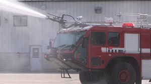 100 Fire Trucks Unlimited Truck Png Spraying Water Free Truck Spraying