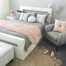 chambre grise et blanc chambre blanche et grise idace dacco chambre blanc et gris mur