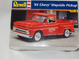 Revell '65 Chevy Stepside Pickup Truck Model Kit [192265415976 ... Scale Model Ford Pick Up Truck Lifted Youtube Amt Model Semi Kits Best Resource Mack Dm 600cat Dh8 125 Amtertl 2 Kit Project Ideas Revell 132 Mack Fire Truck Pumper Plastic Snap Model Kit Autocar Maquetas Vehiculos Pinterest Models Car The Modelling News Meng Are At Nemburg Toy Fair To Pick And Trailer Monogram Tom Daniels Garbage Plastic Kit 124 Scale 1966 Chevy Fleetside Pickup Revell 857225 New Custom Truck Archives Kiwimill Maker Blog Mpc 852 Datsun Monster Amazoncom Kenworth W900 Toys Games