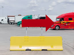 Red Arrow And Yellow Jersey Barrier – Duncan.co