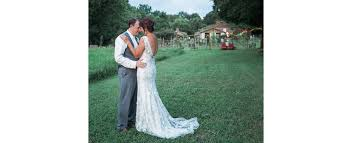 Sinking Creek Farm Wedding by Nashville Wedding Photographer Lynn David Sinking Creek Farm