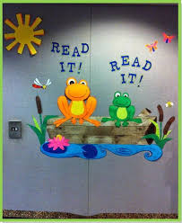Spring Classroom Door Decorations Pinterest by Best 25 Frog Theme Classroom Ideas On Pinterest Frog Theme
