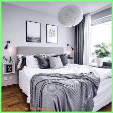 schlafzimmer deko schlafzimmer in grau weiß mit kuschligen