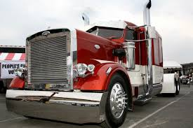 Footnotes TowBlog: Towing News Around The Web: Now That's A Pretty ... Pork Chop Diaries 2013 Feels Like Love Looks Trucks Gallery Trailer Champions In Mats Beauty Contest Trailerbody The Midamerica Trucking Show Opens Thursday Eye Candy From The 2017 Pky Truck Beauty Light Show Daily Rant High Shine Pete 2014 Outdoor Mid America Youtube Kenworth Cabover Photo Classic Big Rigs A Wrap Up Of 2015 Ritchie Bros 2010 Bright Shiny Objects Fascinate Goers Peterbilt Showcases Latest Products And Services At Mats 2016 1 3 Videos Rig By Blingmaster Part