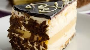 eierpunsch geburtstags torte happy birthday mit verpoorten punsch
