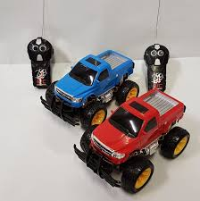 RC RADIO CONTROL BIG WHEEL MONSTER TRUCK 4WD ROCK CRAWLER 27MHZ CAR ... 110 24g Remote Control Bigwheeled 4wd Offroad Monste Truck Rc 118 6ch Alloy Dump Big Dzking Truck End 2262019 129 Pm How To Buy 12 Rc Scale Semi Trucks Google Search Zest 4 Toyz Hummer Style 120 Mogicry Electric Car 24ghz Profession High Harga Sale 112 Speed Off Road Radio Control Big Wheel Monster Rock Crawler 27mhz Car Kids Toy Cars Playing A On The Beach Trucks Cventional Rc4wd Gelande Ii Rtr Adventures Huge Radio Skateboard Fiik Offroad Big
