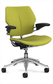 Human Scale Freedom Chair Manual by Furniture U0026 Rug Freedom Headrest Ergonomic Chair With Headrest
