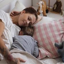 entspannte einschlafbegleitung und übergang zum allein