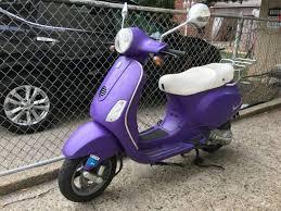 Scooter 2009 Vespa Lx 150 Purple ONLY 3300miles