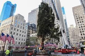 Rockefeller Christmas Tree Lighting 2017 by Tight Security U0026 Street Closures For Tree Lighting Cbs New York