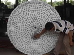 table ronde mosaique fer forge une table mosaïque ronde de 160cm de diamètre immense tables