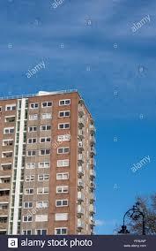 100 Westcliff Park Apartments Tower Block High Rise Flats Stock Photos Tower Block High