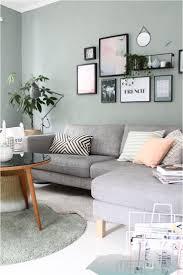 19 08 2018 wohnzimmer mit grã nen wanden connox