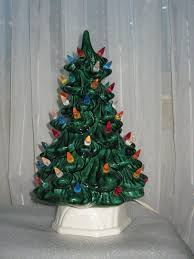 Vintage Ceramic Christmas Tree With Light Up Candle Base Small Table Top Decoration 2450