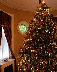 Christmas Tree Shop Bangor Maine by Christmas In Salem House Tour New England Today