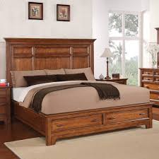 Flexsteel Wynwood Collection River Valley Queen Panel Bed with