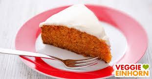 saftiger veganer karottenkuchen möhrenkuchen mit