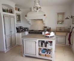 deco cuisine taupe photo deco cuisine blanc cagne maison de cagne sud