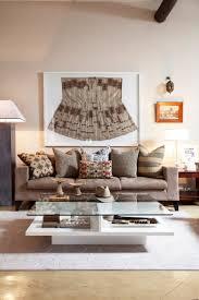 westwing ethno stil wohnzimmer mit brauner dekor