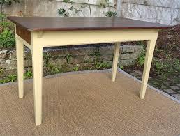 table en bois de cuisine table de cuisine ancienne bois peint et patiné avec tiroir