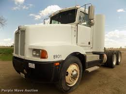 100 26 Truck 1989 Kenworth T400 Semi Truck Item DD2759 SOLD July