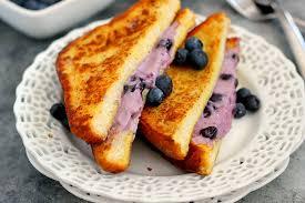 blueberry cheesecake stuffed french toast2
