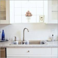 window height above kitchen sink 盪 correct height for pendant