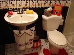 Mickey And Minnie Bathroom Sets by Minnie Mouse Bathroom Decor Target Thedancingparent Com