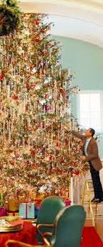 A Beautiful And Huge Christmas Tree By Designer Richard Keith Langham Wonder What Kind Of Stand Held This Monster Can You Imagine The Chaos