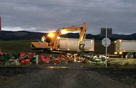 100 Truck Tips Produce Truck Tips Loses Load Otago Daily Times Online News