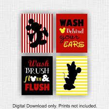 instant mickey mouse und minnie mouse badezimmer wand kunst set 4 8 x 10 waschen bürste zahnseide und spülen waschen hinter ihren
