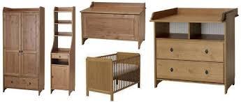 chambre bébé bois fascinant ikea chambre bebe bois design canap est comme chambre2