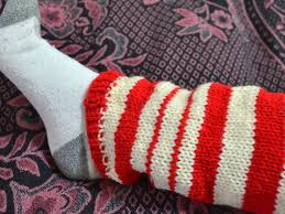 how to knit a pair of leg warmers in rib stitch 10 steps