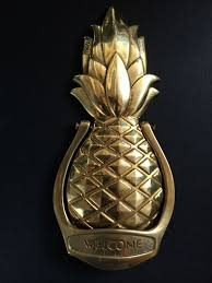"Vintage Solid Brass Door Knocker – Pineapple design ""Wel e"