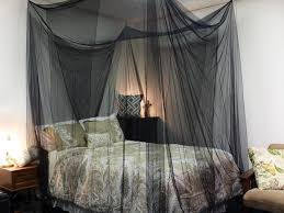 Queen Canopy Bed Curtains by Brilliant Black Canopy Bed Curtains With Best 25 Canopy Bed