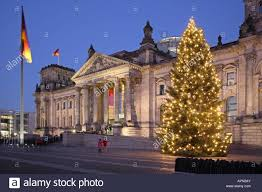 Flagpole Christmas Tree Uk by Reichstag Christmas Tree Berlin Germany Stock Photos U0026 Reichstag