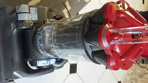 Dyson Dc33 Multi Floor Vacuum by The Dyson Dc33 Multifloor Upright Vacuum Review And Giveaway
