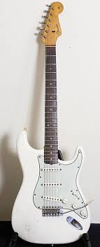 This Early 60s Fender Stratocaster Frusciante Says Is A Cool Guitar But It Has Too Much Limitation For Me Its The Kind Of You Can Have Some