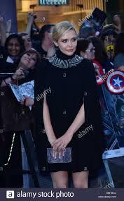 Robert Downey Jr Chris Hemsworth Mark Ruffalo Jeremy Renner Elizabeth Olsen Evans And Other Celebrities Attend The Avengers Age Of Ultron
