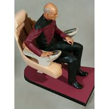 Star Trek Captains Chair by Trek Tng Statue Jean Luc Picard In Captain S Chair 26 Cm