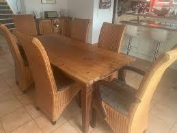 komplettes esszimmer tisch 6 stühle truhenbank buffetschrank