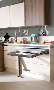 table de cuisine pratique une table rétractable pratique qui sait se faire oublier kitchen