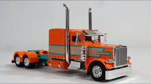 1:53 Peterbilt 389 Show Tractor By Tonkin - YouTube
