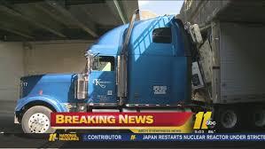 100 Stuck Truck Stuck Under Durham Bridge Abc11com
